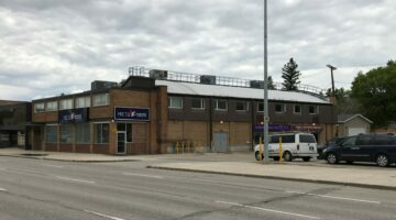 Exterior of 2143-2147 Portage Avenue in Winnipeg, MB.