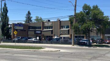 Exterior of 3653-3655 Roblin Boulevard in Winnipeg, MB.