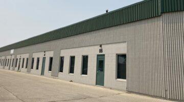 Exterior of 86-88 Durand Road in Winnipeg, MB.