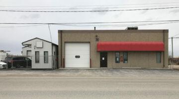 Exterior of 1001 & 1005 Mission Street in Winnipeg, MB.